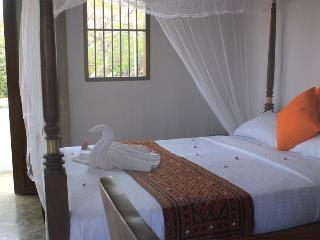 5 bedroom Guest House in the heart of Galle Fort - Galle vacation rentals