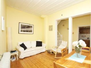 Bright House with Internet Access and Dishwasher - Thessaloniki vacation rentals