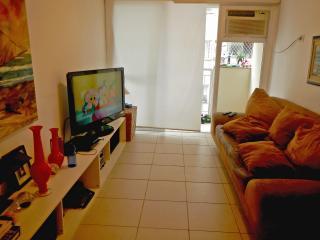2 bedroom apartment in Rio De Janeiro! - Rio de Janeiro vacation rentals