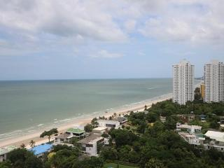 Apartment on the TOP floor in City Center - Hua Hin vacation rentals