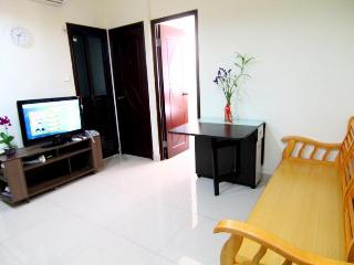 Affordable 3 Bedroom Rental in Hong Kong - Hong Kong vacation rentals