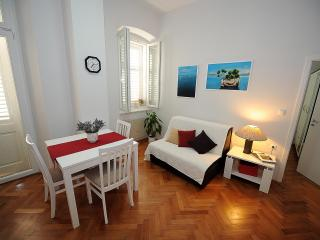 Zadar City Apartments - Apartment BUENA VISTA - Zadar vacation rentals