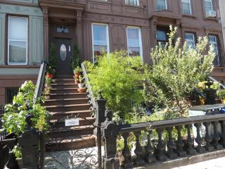 Brownstone Penthouse Apartment - Brooklyn vacation rentals