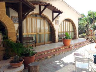 Salina Grande Trapani Depandance in Villa - Trapani vacation rentals