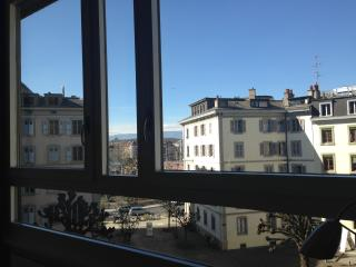 Very Calm & Cosy Aptmt up to 4p. in Geneva center! - Versoix vacation rentals