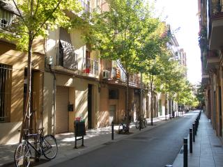 Silent flat in Gracia & Sagrada Familia - Barcelona vacation rentals