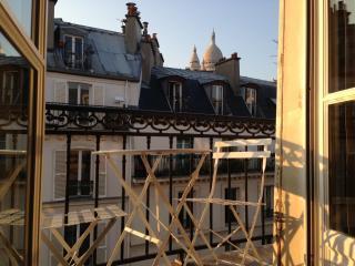 In Montmartre: splendid 2bdr apt w/ balcony + view - Paris vacation rentals