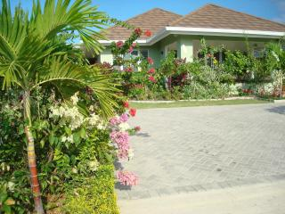 Ocean View Villa New in Gated Community with Staff - Runaway Bay vacation rentals