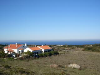 Romantic House with Internet Access and Satellite Or Cable TV - Aldeia do Meco vacation rentals