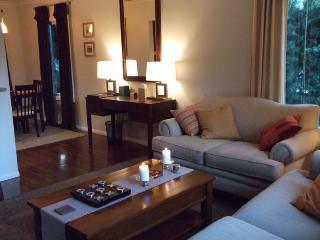 Los Feliz Comfortable 2 Bedroom 1 Bath - Los Angeles vacation rentals
