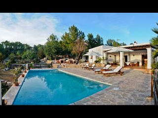 Ibicencan villa, location described by 2 books - Ibiza vacation rentals