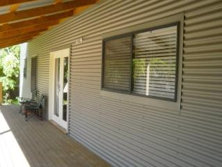 Adelaide, gorgeous beach cottage at Semaphore - Semaphore vacation rentals