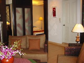 TheRiverSideBangkok - 1BR great, near Skytrain - Bangkok vacation rentals