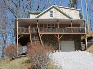 Nice Burnsville House rental with Deck - Burnsville vacation rentals