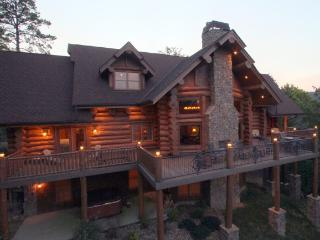 "Jun 29+30 2nts~ ""Bear Paw Lodge"" Luxury Log Cabin, Outdoor F'place Yr-Rd, Pools - Gatlinburg vacation rentals"