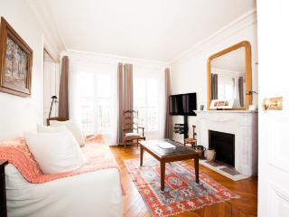 Typical Parisian Vacation Rental in Paris - Amsterdam vacation rentals