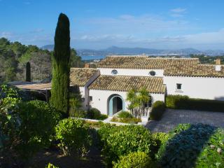 Contemporary villa in Saint-Tropez 12 persons - Saint-Tropez vacation rentals