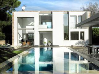 Exquisite Villa 4 bedrooms Saint-Tropez - Saint-Maxime vacation rentals