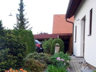 Vacation Apartment in Kreischa - 441 sqft, quiet, bright, comfortable (# 4988) - Kreischa vacation rentals
