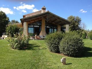 Perfect 5 bedroom House in Capalbio with Private Outdoor Pool - Capalbio vacation rentals