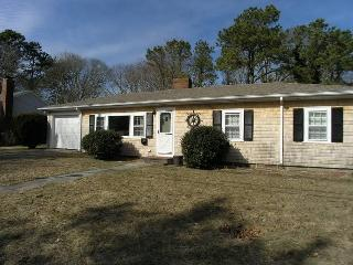 Nice House with Deck and Internet Access - West Harwich vacation rentals