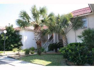 Flamingo Cay, walk to beach, winter texans welcome - Port Aransas vacation rentals