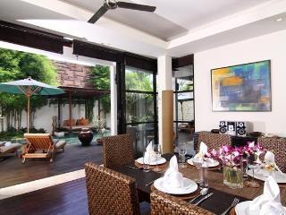 Temple Hill Residence Villa@villa Jacinta - Kedonganan vacation rentals
