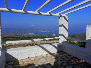 Villa Alyni  a traditional stone villa in Paros Gr - Parikia vacation rentals