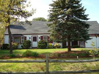 4 bedroom House with Deck in North Eastham - North Eastham vacation rentals