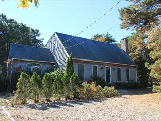 Bright 3 bedroom Eastham House with Deck - Eastham vacation rentals