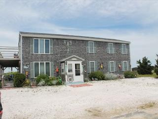 Lovely House with Deck and Wireless Internet - North Eastham vacation rentals