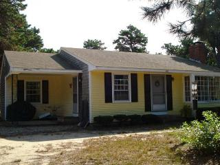 Bright 3 bedroom House in North Eastham with Wireless Internet - North Eastham vacation rentals
