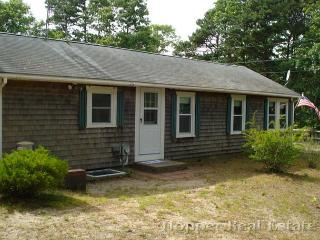 Nice Cottage with Wireless Internet and DVD Player - Eastham vacation rentals