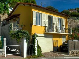 4 bedroom house overlooking the sea and Montecarlo - Monaco vacation rentals