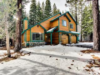 Spacious lodge near Donner Lake w/resort amenities abound! - Truckee vacation rentals