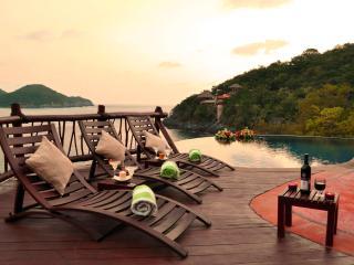 Villa Bahia ~ Luxury Oceanfront Villa ~ Puerto Mio - Zihuatanejo vacation rentals