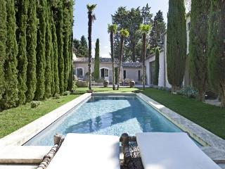 Charming 4 bedroom Les Baux de Provence House with Internet Access - Les Baux de Provence vacation rentals