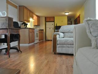 2 bedroom House with Internet Access in Clayton - Clayton vacation rentals