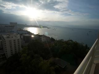 Luxury Studio Pattaya central3 - Pattaya vacation rentals