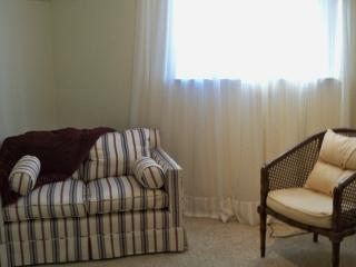 Studio in the Sierra Foothills  Newcastle California - Newcastle vacation rentals