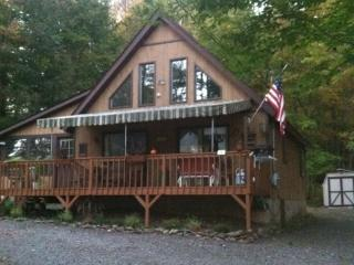 Cottage chic at the lake! - Poconos vacation rentals