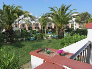 Cozy and quite apt, 4 minutes from the best beach! - Elviria vacation rentals