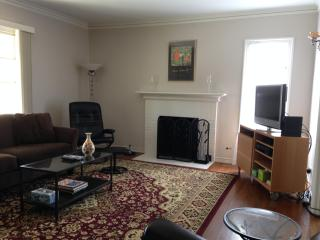 Spacious Flat in the heart of the Gourmet Ghetto - Berkeley vacation rentals