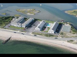 Waterfront Resort in Falmouth ~ First week of June 2015 - East Falmouth vacation rentals