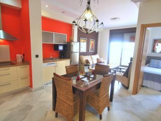 Lovely Apartament, 2 Bedroom, Cadiz - Seville vacation rentals