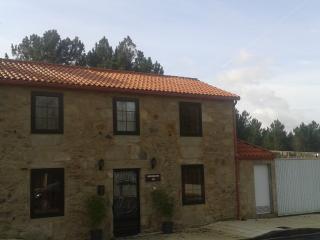 A CASA VELLA - Galicia vacation rentals