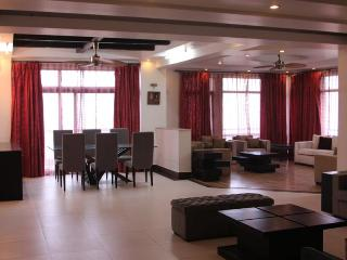 Luxurious 3 Bed Golf Course Apartment - Greater Noida vacation rentals