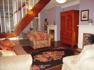 The Blue Belle @1875 ~Near Forsyth Park & River St - Savannah vacation rentals
