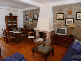 Casa T3 junto ao Castelo de Sines - Cercal do Alentejo vacation rentals