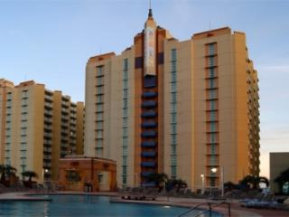 Beautiful 2 bedroom North Myrtle Beach Apartment with Internet Access - North Myrtle Beach vacation rentals